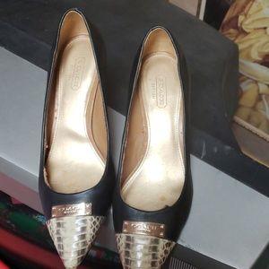 Coach pre owned heel